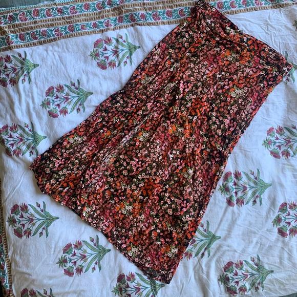 HM High waisted floral skirt